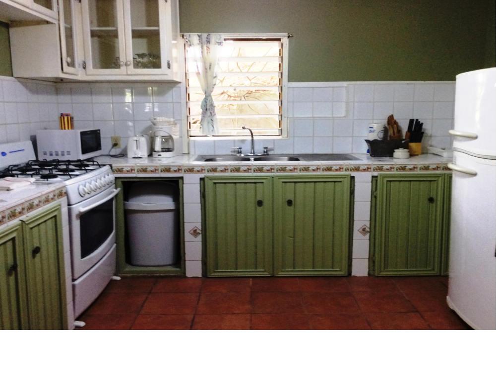 Gibson-H-kitchen