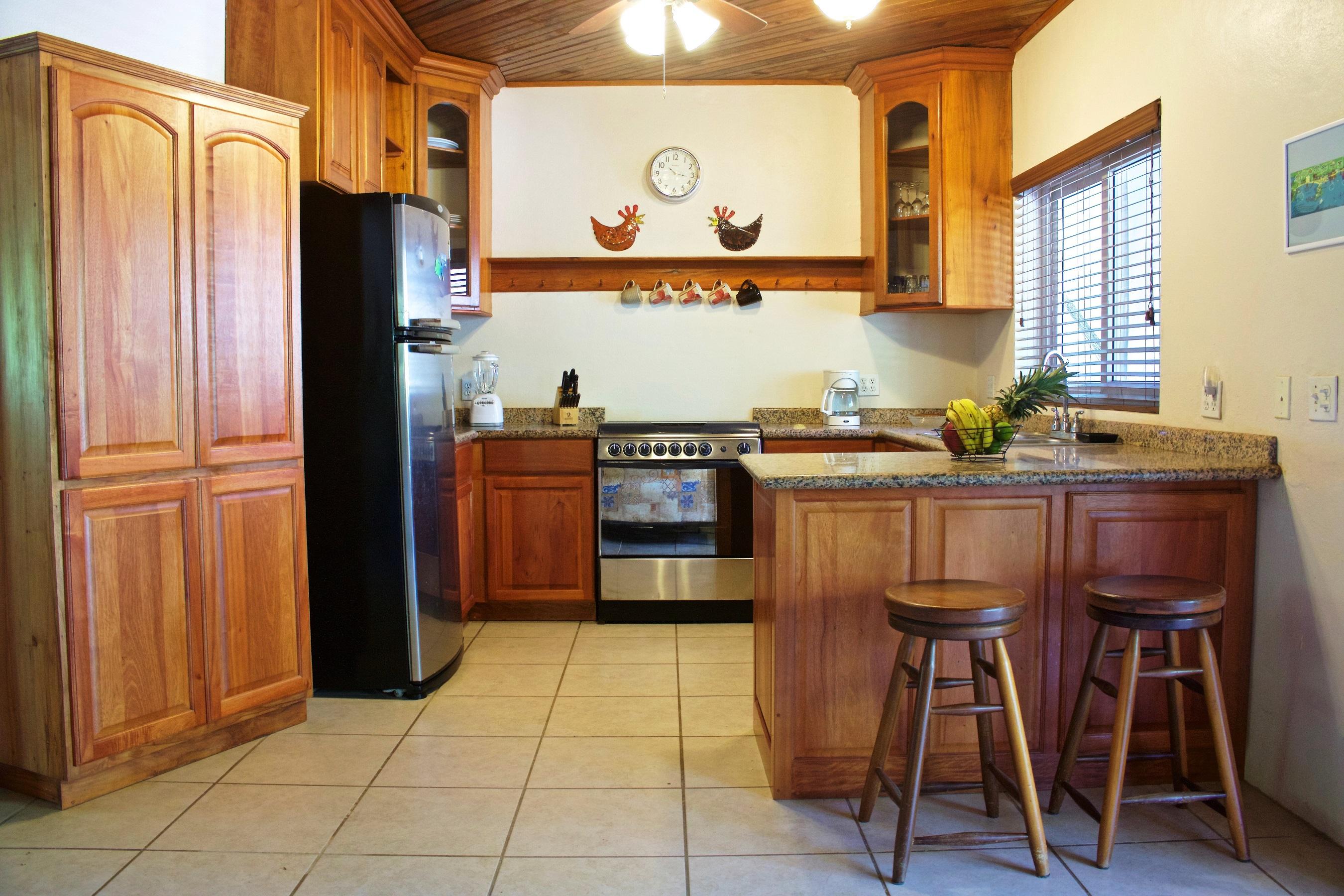 SV4B-kitchen