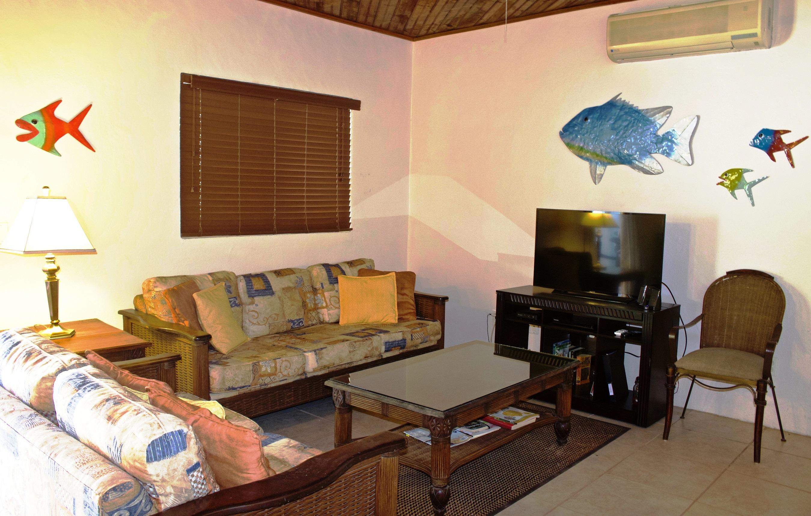 SV4B-living-room