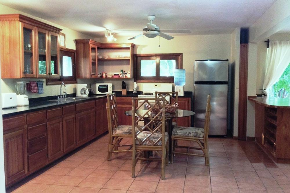 kitchen-dining2
