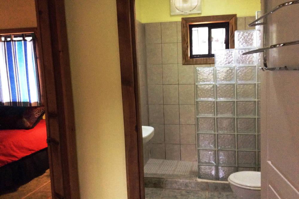 upstairs-bathroom-11