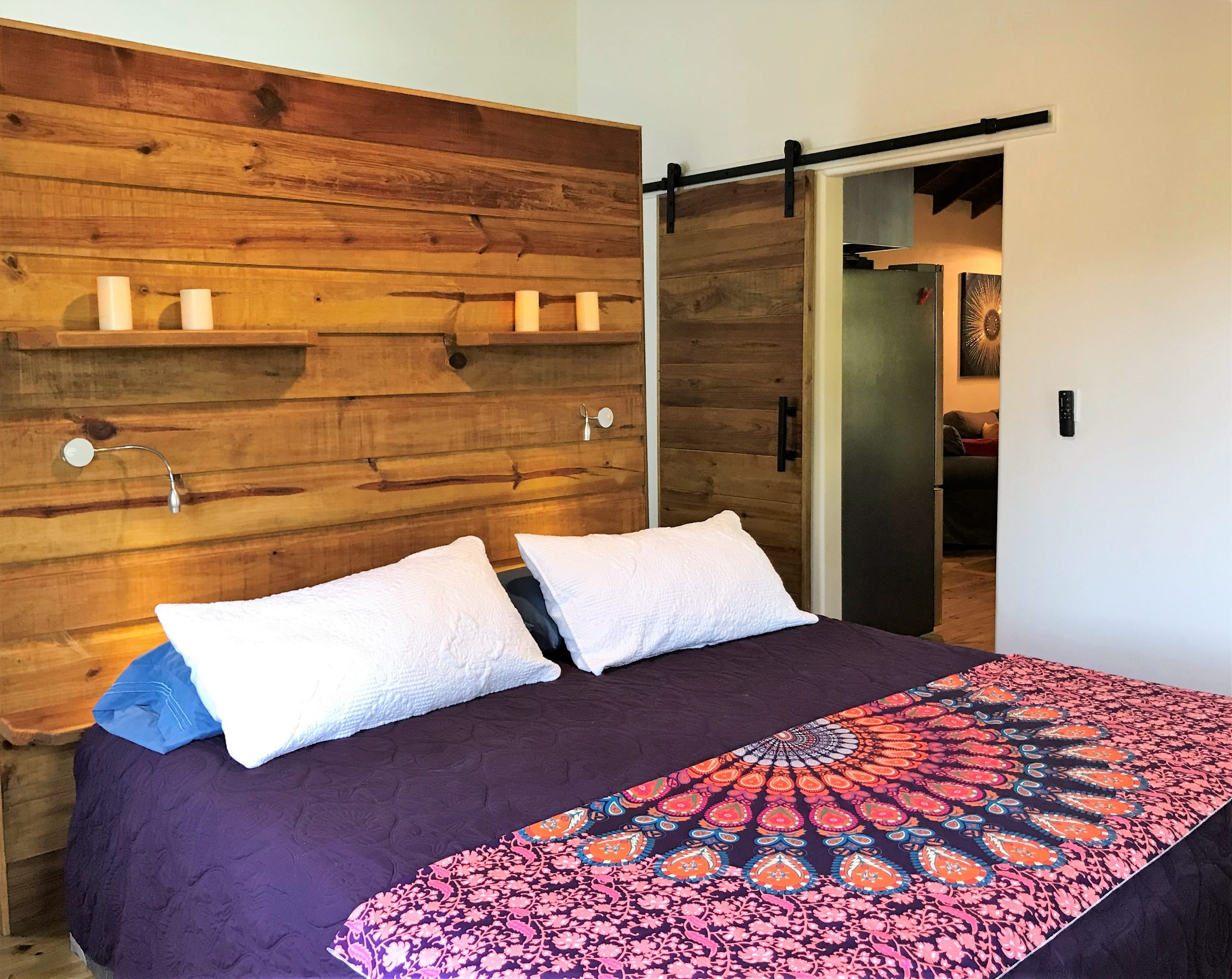 Mama-Dancer-guest-bedroom-1-scaled