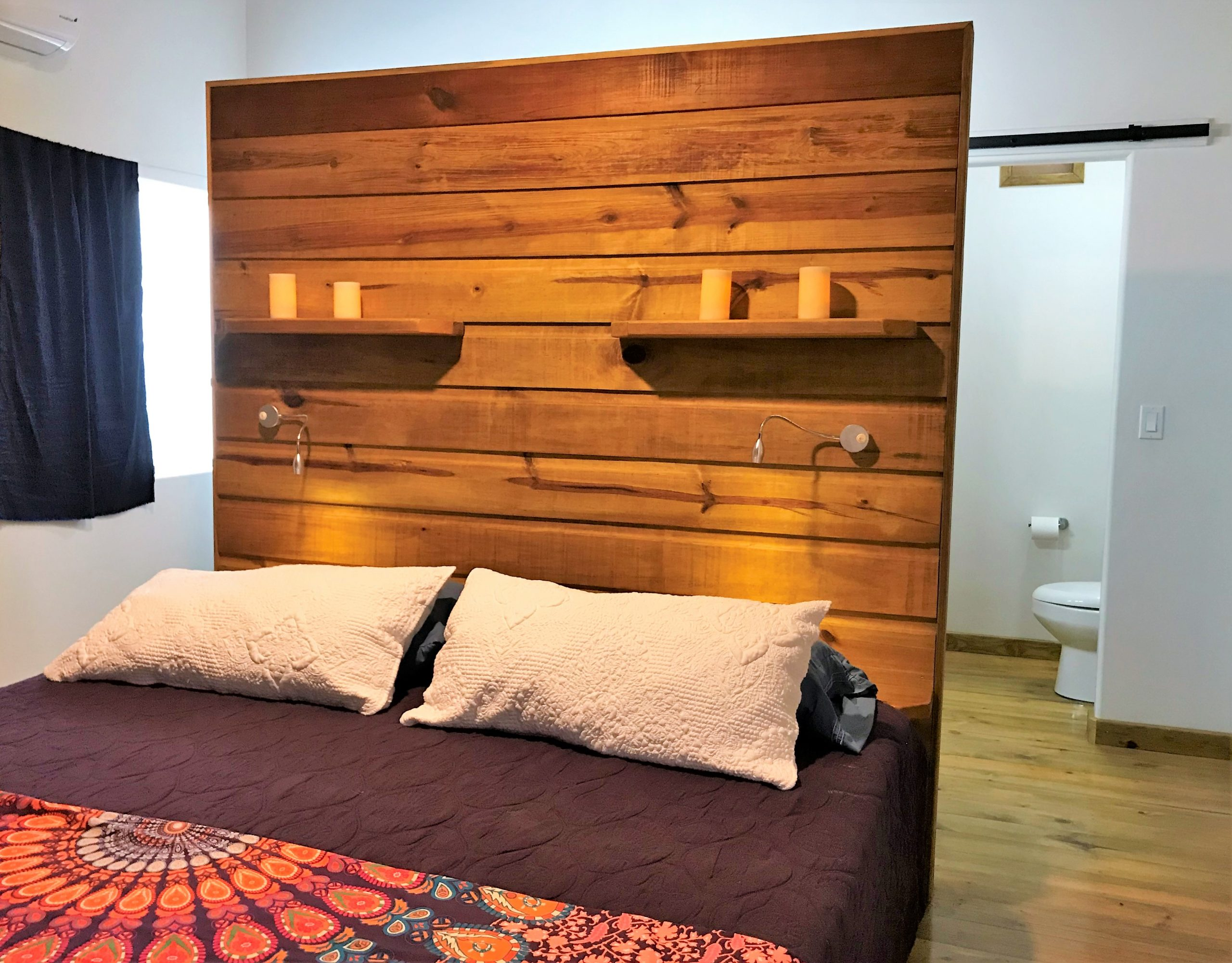 Mama-Dancer-guest-bedroom-2-scaled