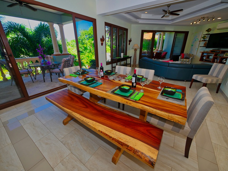 Dining-Room-Wood-Table-and-Patio