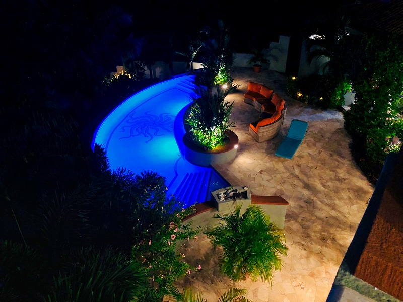 Pool-at-night-from-above