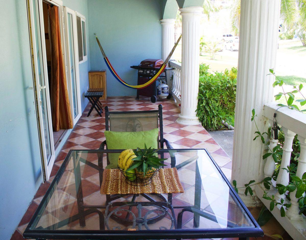 SV4B-front-porch-e1545928037515