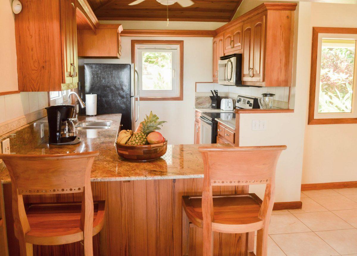breakfast-counter-kitchen-1-e1545928716172