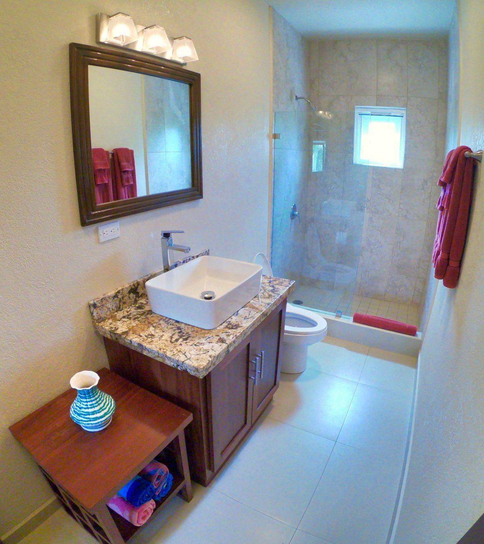 guest-bathroom-1-2-e1545929023993