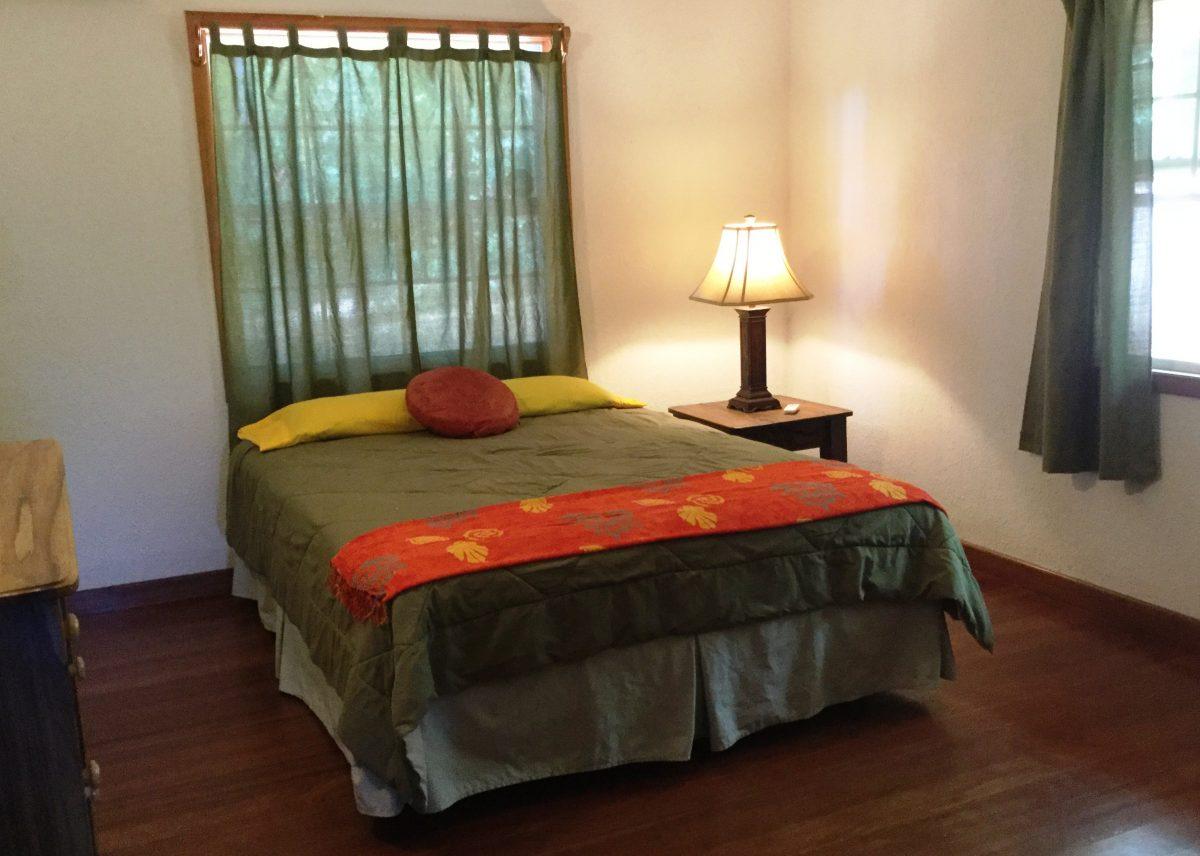 guest-bedroom-3-e1545929254109