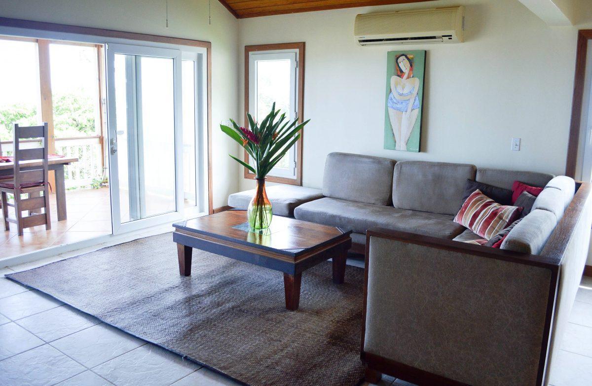 living-room-1-2-e1545928758461