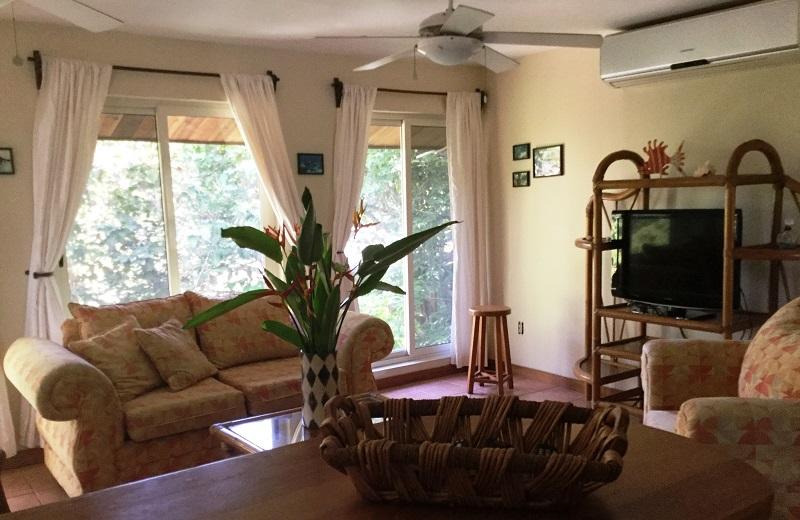 living-room-3-3