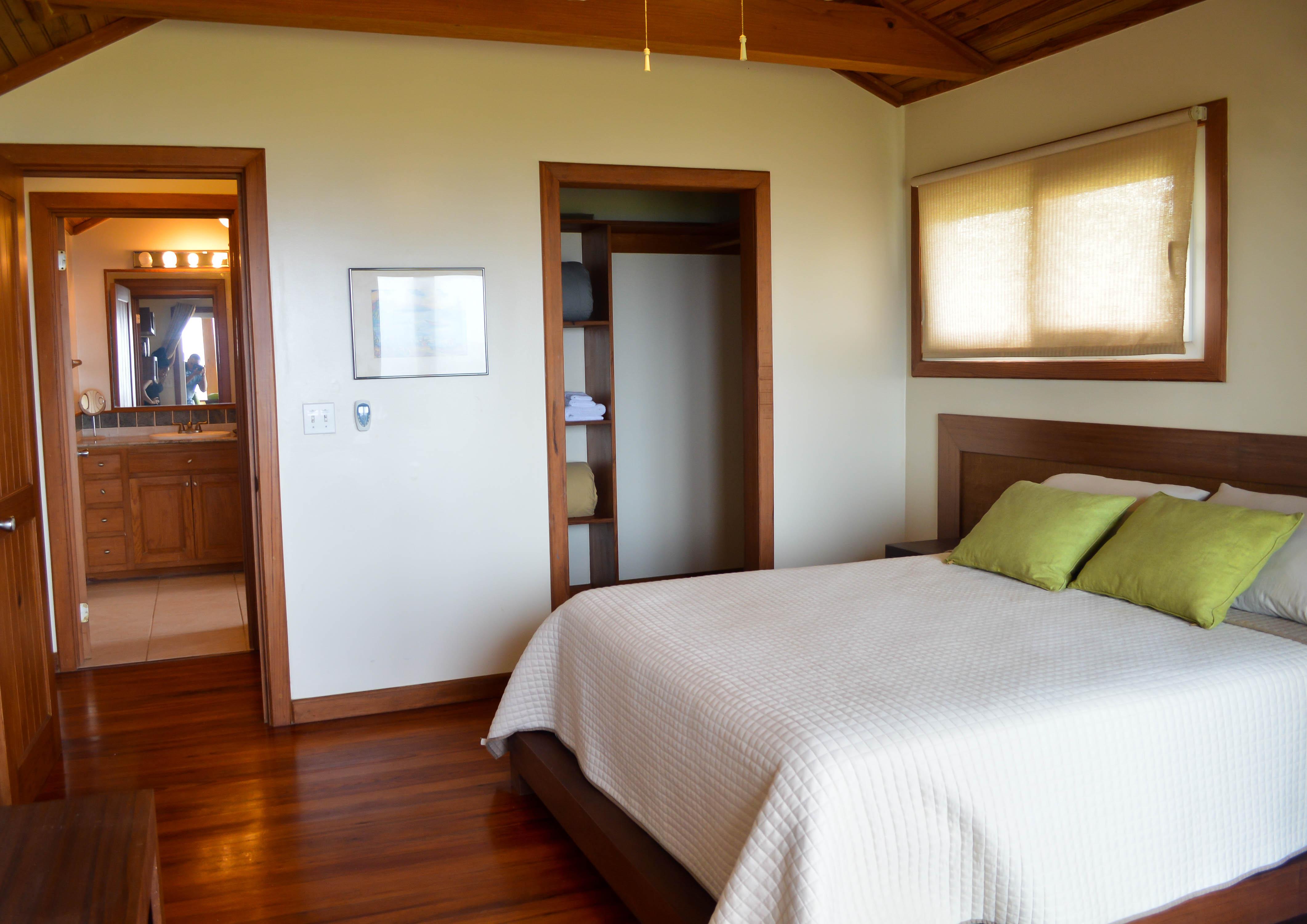 master-bedroom-1a-1
