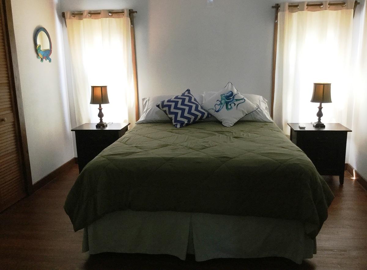upstais-bedroom-II